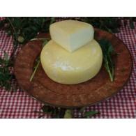 Vendita online Formaggio pugliese artigianale morbido di mucca con latte fresco
